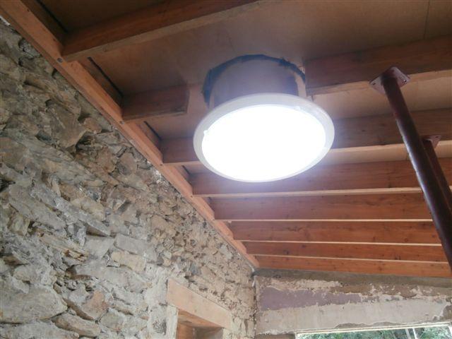 bac acier clairage naturel cuisine conduits de lumi re eclair 39 nat. Black Bedroom Furniture Sets. Home Design Ideas