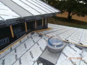 puits de lumi re conseils pour l installation sur toiture zinc conduits de lumi re eclair 39 nat. Black Bedroom Furniture Sets. Home Design Ideas