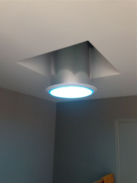 Finitions pour puits de lumi re skydome hexafix for Lumiere interieur