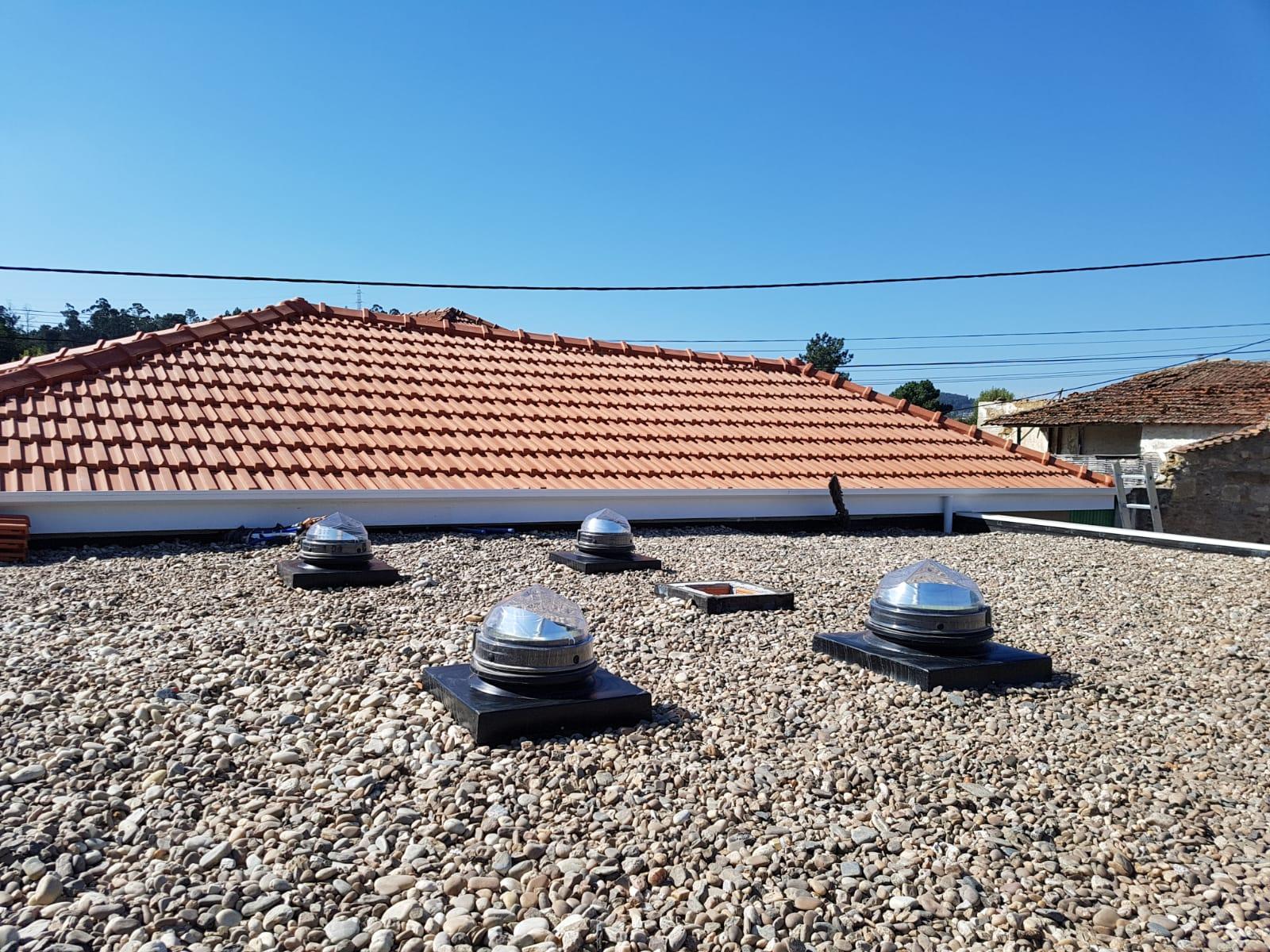 Eclairage par 4 conduits de lumière toiture Terrasse