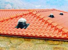 Conduit de lumiere pour toit imitation tuiles
